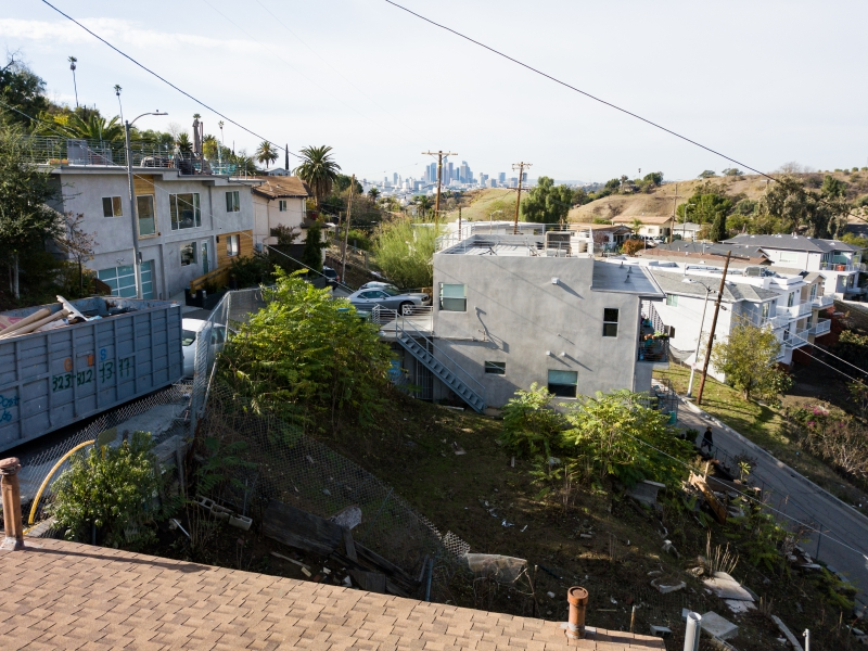 VIEW OF L.A FROM ROOFTOP DECK OF 4217